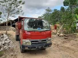 Dum truck kondisi mulus bisa langsung kerja, surat-surat aman