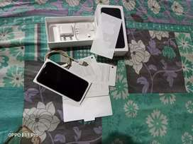 I phone 32 gb 1 year old no single scratch fully new condition