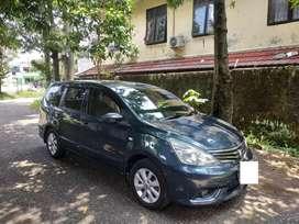 Nissan Grand Livina XV AT 2014