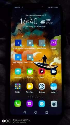 Honor play 4GB ram/64GB ROM/Finger sensor