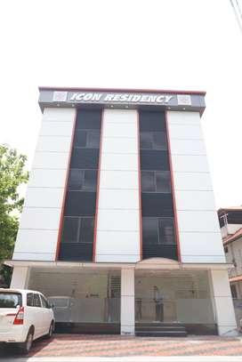 GREAT LOCATION COMMERCIAL READY BUILDING NEAR CHAKAI-TVPM
