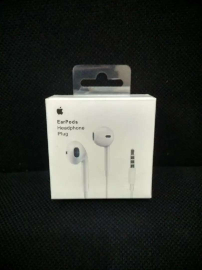 earpods iphone 5,6,6+ original 0