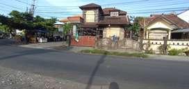 Rumah Jalan Mertasari Utama Suwung