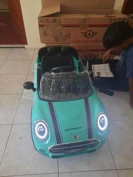 Mobil mainan aki anak MINI COOPER M7188