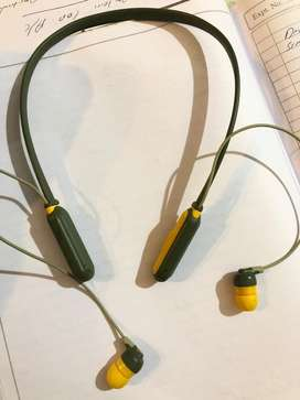 Skullcandy wireless earphones