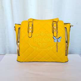 Replica Bags For Ladies Shoulder & Hand Bags Are Available