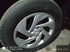 16 inch tyre with rim and wheel cap