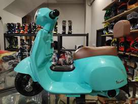 Mainan anak motor aki vespa mini PMB