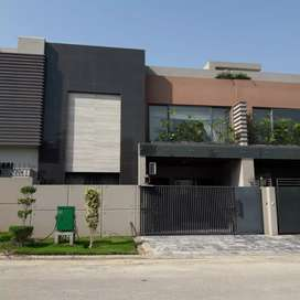 House Gray Structure for Sale on Investor Rate, Must Read Complete Add