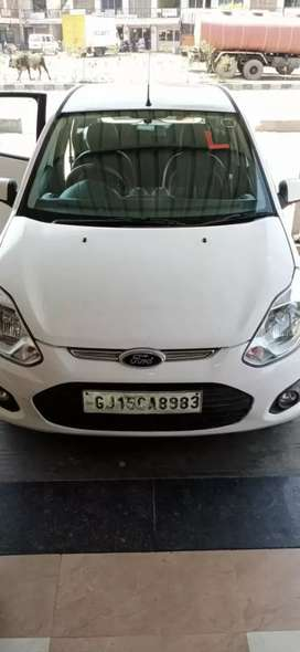 Ford Figo 2013 Diesel 120000 Km Driven