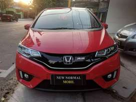 Honda Jazz 1.5 RS Manual 2015 istimewa, TT Yaris HRV di New Normal