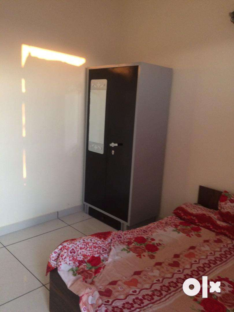 Two room set for rent 0