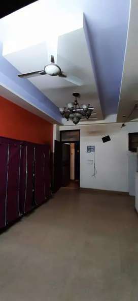 2Bhk flat Available on Rent in indirapuram near Noida 62 63