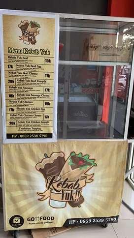Dijual cepat etalase bekas kebab