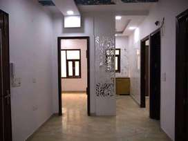 Ready to move 4 bhk flat in Sector-23, Rohini