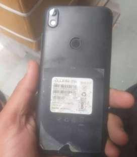 Tecno phone good candishn mein hai bilkul box charjer 8month old