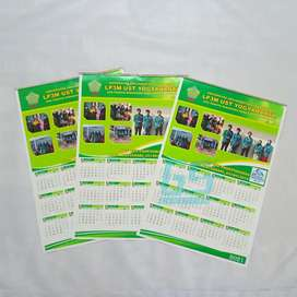 Kalender Dinding Custom