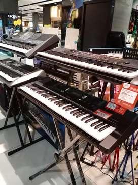Bisa Cicilan Yamaha Keyboard PSR-S670 Bunga0% Garansi Resmi