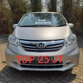 Honda Freed psd AT 2014 Silver AC Dobel Mulus No perbaikan lagi