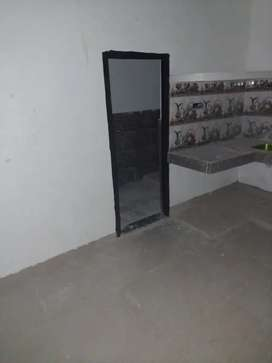 Room set for rent in bhawani enclave wth attached kichn nd bathroom
