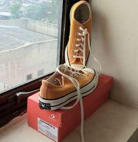 Sepatu Converse Chuck 70 OX - Sunflower