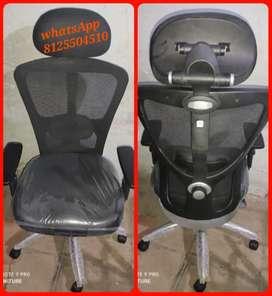 Brand new head crest office chair