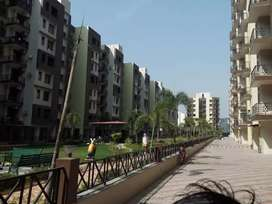 2 BHK spacious flat for rent with AC geysers