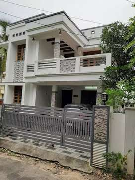 4.bhk 2100 sqft 5 cent new build posh house at north paravur area
