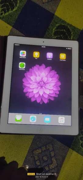 Apple   I pad 32gb