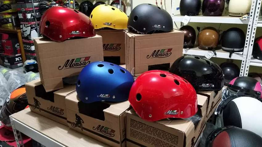 Helm sepeda murah baru ya 135rb aja