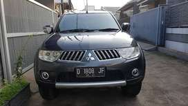 Jual Pajero exceed 2011 AT ...msh tgn 1 ..pjk isi