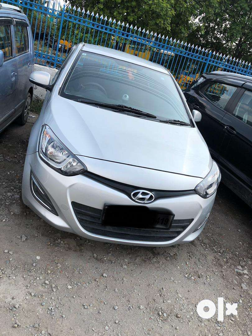 I20 magna diesel scratchless. Silver colour 0