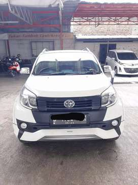 "Toyota Rush S TRD Manual / MT ""2015"" Putih"