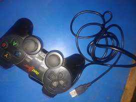 Redgear Smartline Wired Gamepad Plug & Play Support for All PC Games