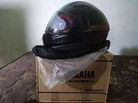 Helm sport r15 v3 baru masih dibungkus