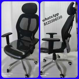 Head rest office chair