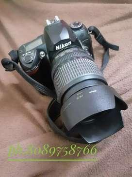Nikon D70 DSLR camera selling for 11k