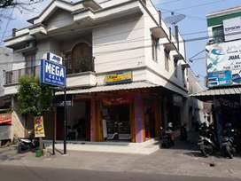 Kos-kosan dan Ruko Dijual Jalan Utama UNS