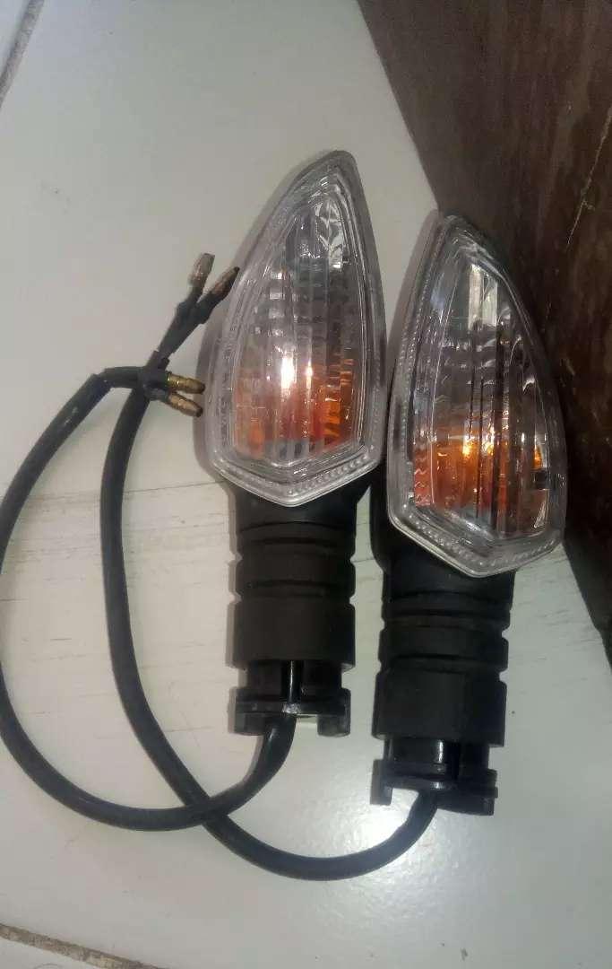 Lampu Sein ori depan sepasang R15v3 0