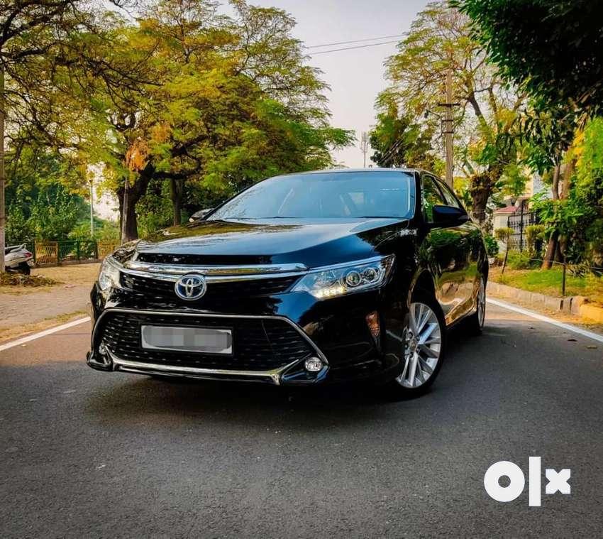 Toyota Camry 2.5 Hybrid, 2017, Petrol