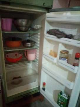 I want to sell a refrigerator... Used about 10 years.good condition