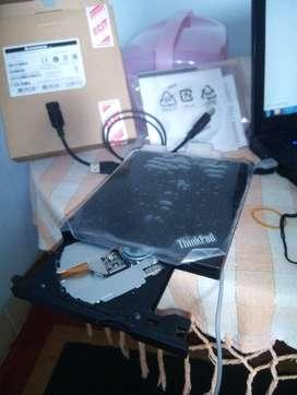 DVD - RW External USB LENOVO / THINKPAD Gress ( Like New ) )
