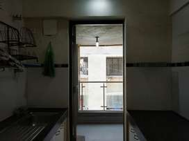 Good complex & Amenities 2 Bhk Flat For Rent Chembur Close To Highway