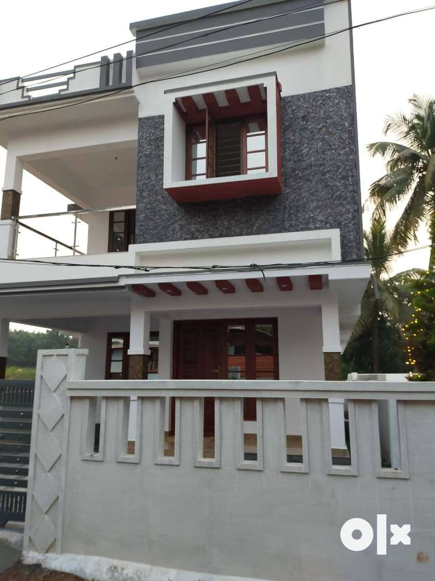 3 BHK independent house for sale in Ashokapuram,Aluva 0