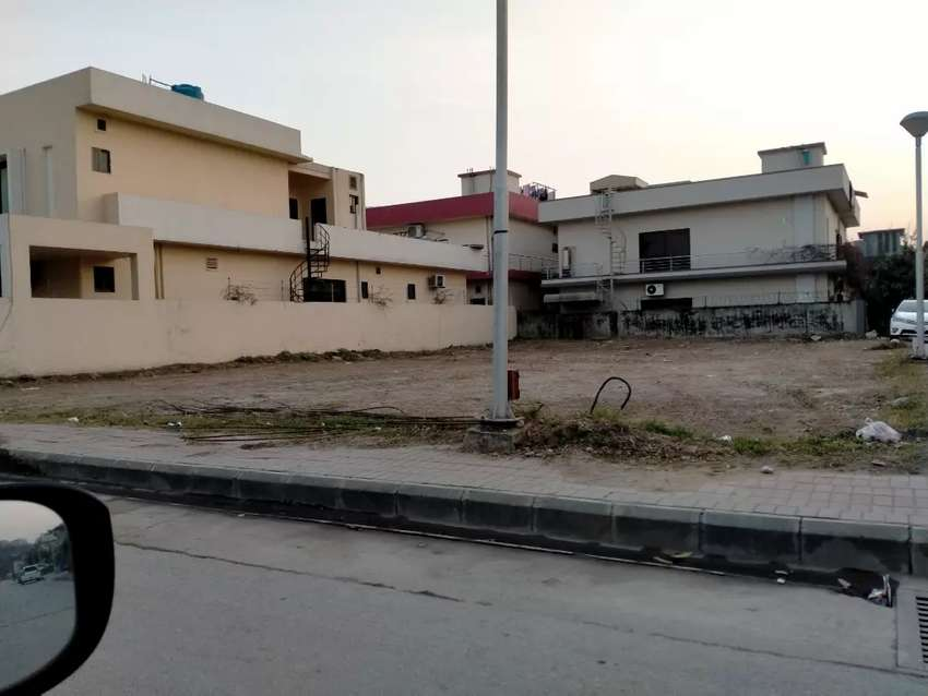 1knal plot for sale in phase1 for sale in bahria town rwp