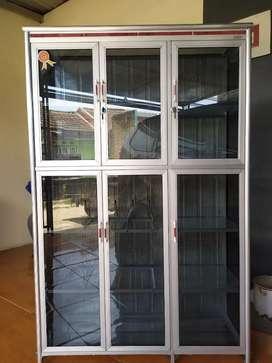 Rk piring kaca 3 pintu