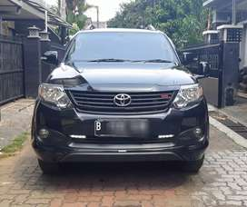 Toyota Fortuner 2.7 Bensin G Lux TRD Sportivo 2014 Automatic Hitam