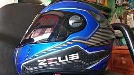 Helm Fullface Zeus Yamaha Blue