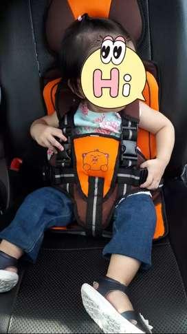 Car seat merek kiddy