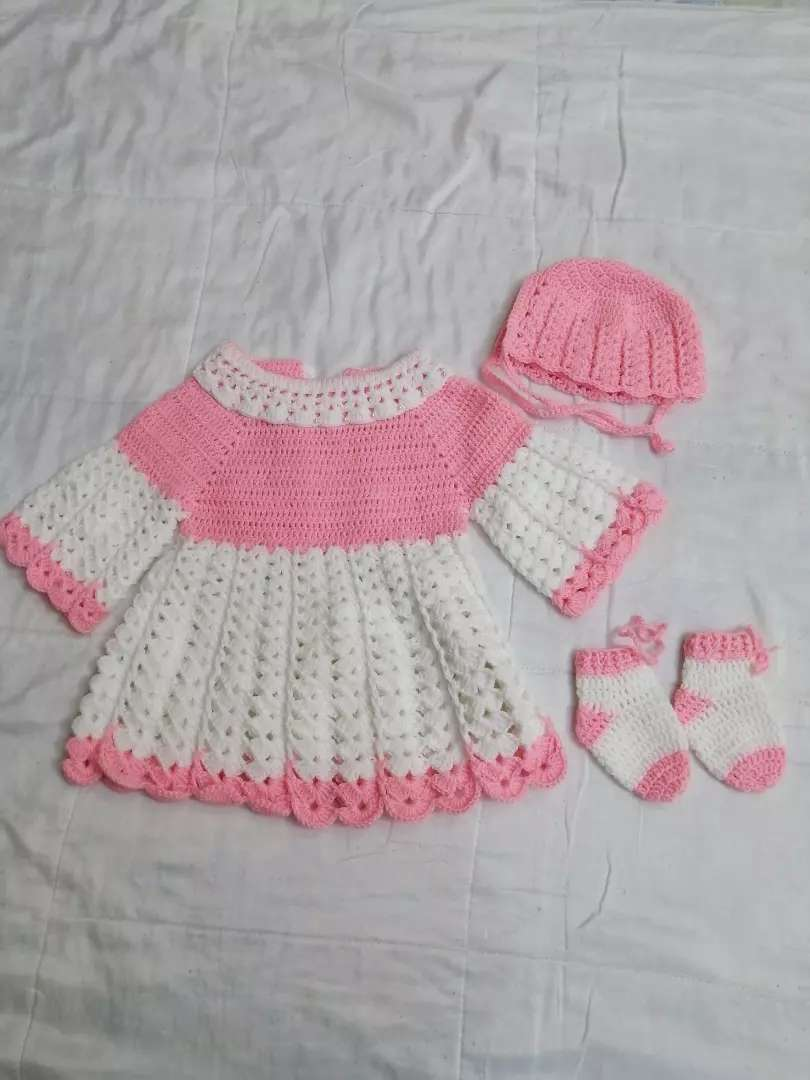Pure wool new born baby set hand made 0